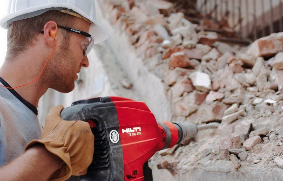 Демонтажные работы: демонтаж стен, очистка от старых покрытий Ремонт квартир Минск